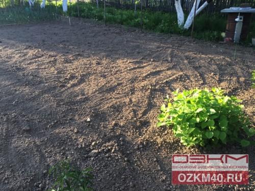 Стеклопластиковые композитные опоры (колышки) для разметки грядок на огороде