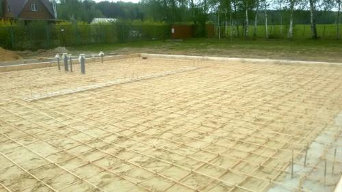 Армирование фундаментной плиты под производственной помещение
